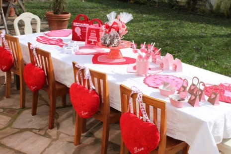 Kitty party theme for february valentine theme kitty party for Valentines dinner party ideas