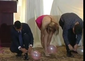 Bridal Shower Games Big Groups : Save Your Balloons and Win