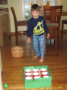 Easter Party Game For Kids : Tic Tac Toe With Eggs